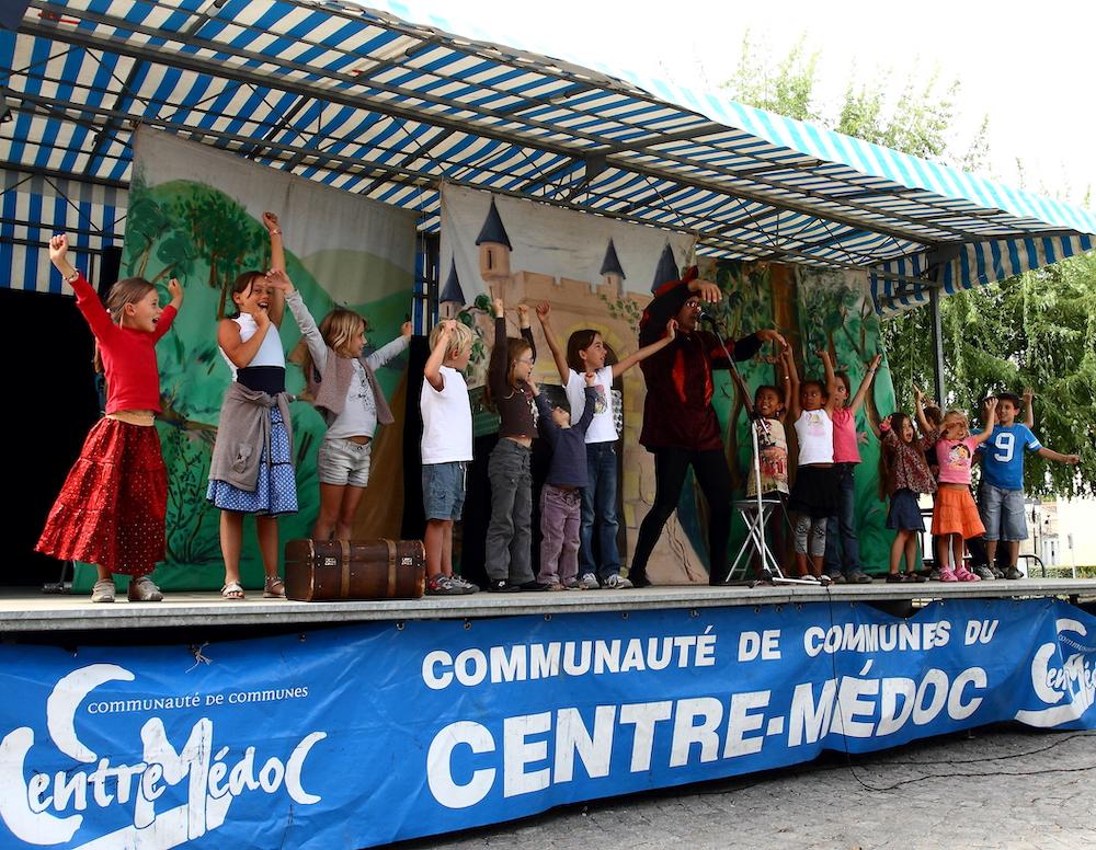 Enfants du festival Semeurs de rêves - Association Les bergères